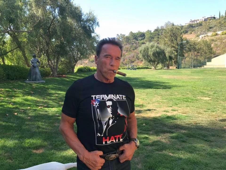Arnold Schwarzenegger a făcut petiție ca excepție de la regulă să fie clubul lui favorit de țigări