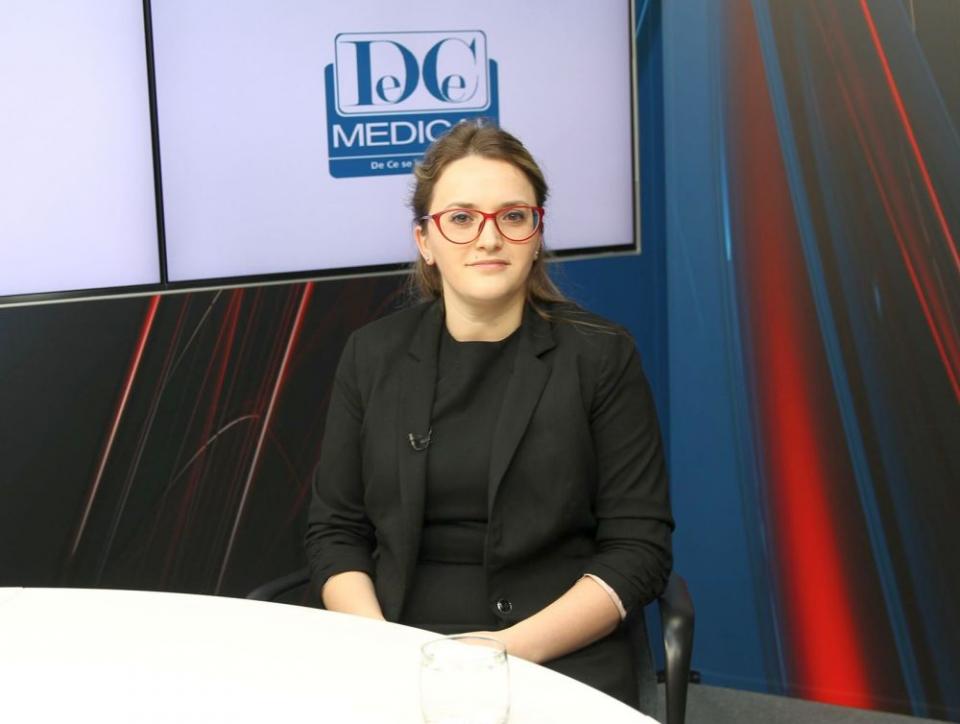 Dr Beatrice Dragomir Anghel despre numărul de ședințe necesare în Brahiterapie. Foto: DC Medical