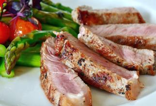 Dieta paleo presupune un consum de carne roșie