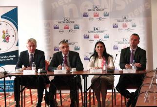 Eugen Orlando Teodorovici, Val Vâlcu, Sorina Pintea și Răzvan Vulcănescu, patru dintre participanții la forumul organizat de DC Media Group.