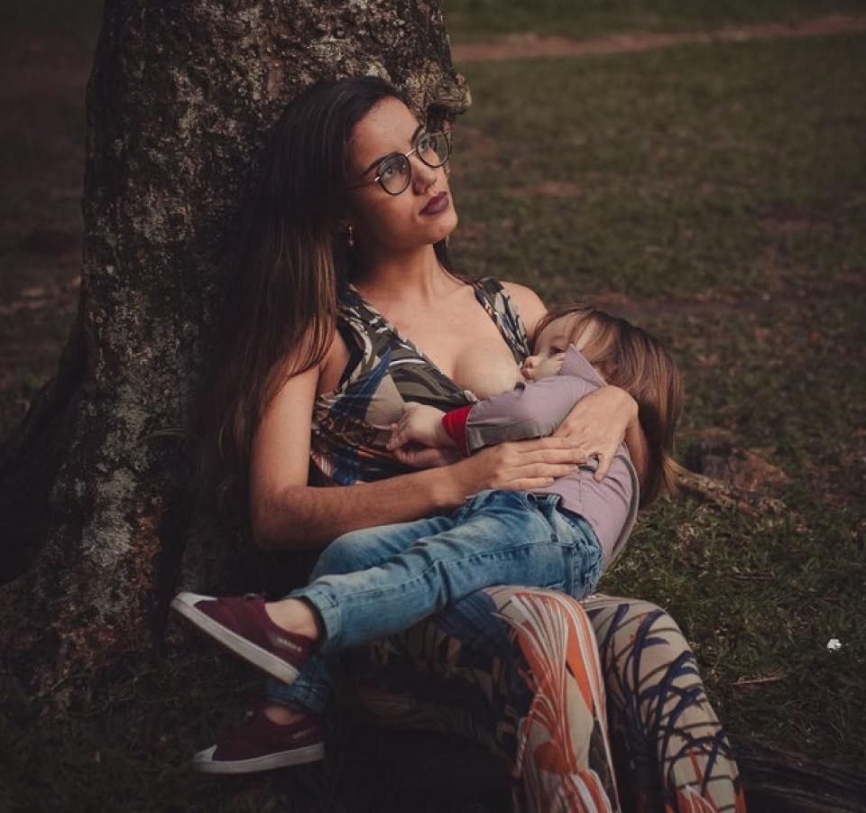 Alimentația la sân este foarte importantă pentru bebeluși     FOTO: pexels.com
