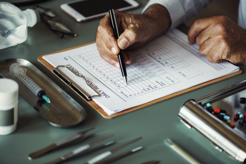 După semnarea noului contract, medicii vor trata și pacienții cu hepatită C grad de fibroză F0