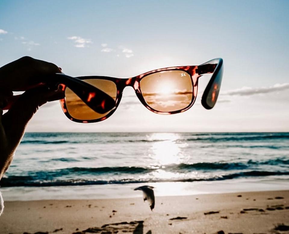Ochelari de soare     FOTO: pexels.com