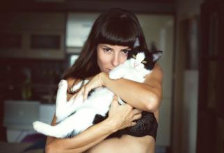 Femeile cu multe pisici nu trebuie catalogate ca depresive sau nebune