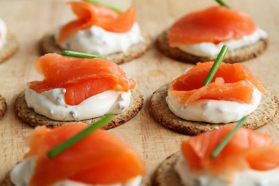 Dr MIhaela Bilic spune că peștele merge foarte bine în combinație cu brânza