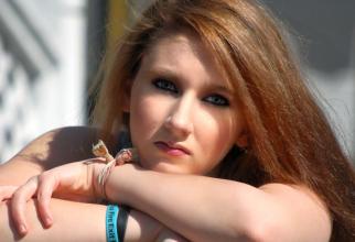 Izolarea socială în adolescență are efecte mai târziu în viața adultului