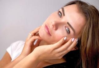 Acneea la femeile adulte apare din alte motive decât la adolescente