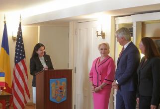 Sorina Pintea, Viorica Dancila și Eugen Orlando Teodorovici, alături de reprezentanta Băncii Mondiale, Tatiana Proskuryakova. Foto: GUVERN