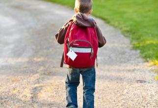Cei mici pot fi copleşiti de avalanşa de informaţii din primele zile de şcoală