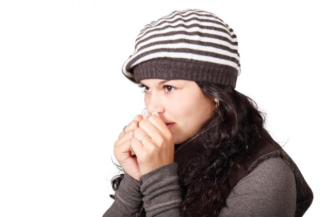 Deficiențele nutriționale care provoacă mâinile și picioarele reci