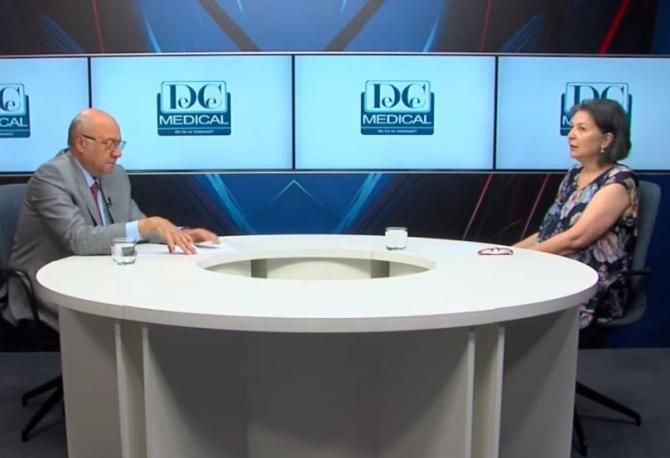 Acad.dr. Irinel Popescu și dr Crina Ștefănescu, la Academia de Sănătate. Foto:DC Medical