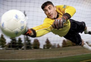 Foștii jucători de fotbal au risc mai mare de demență