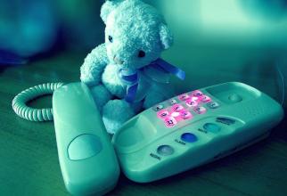 Peste 11.500 de apeluri au fost înregistrate la ALOPEDI, serviciul gratuit de sfaturi medicale pediatrice