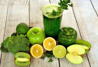 Alimentele și fructele care conțin vitamina C nu trebuie fierte sau gătite