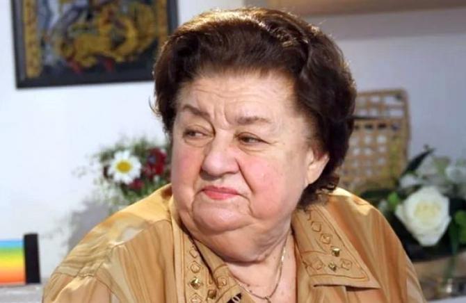 Tamara Buciuceanu - Botez. Foto DC News