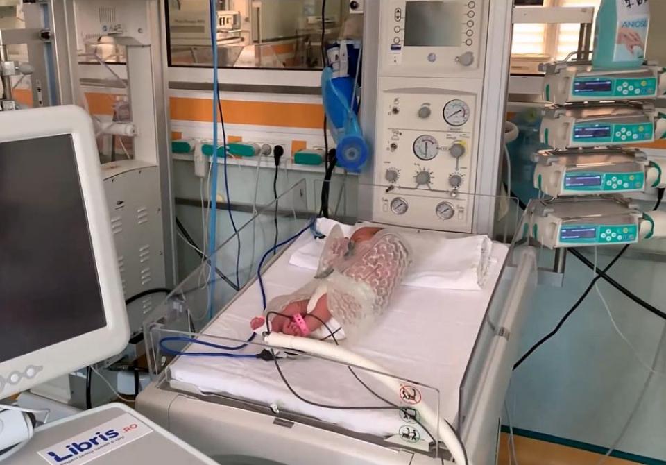 Aparat donat de Salvați Copiii vital pentru micuții prematuri