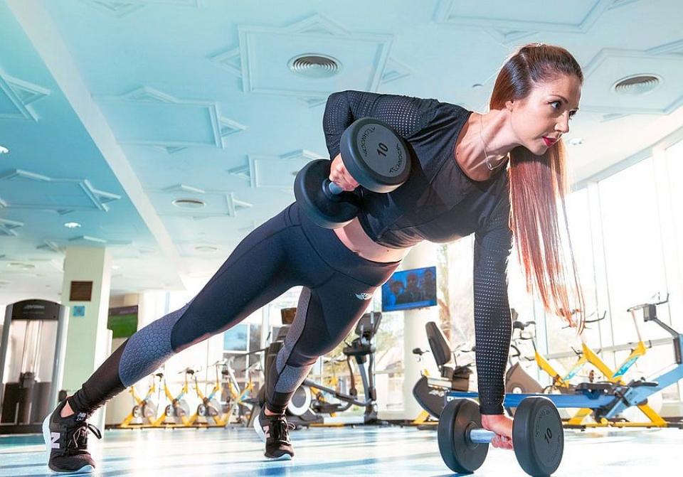 Medicii recomandă practicarea unui sport sau chiar banalele plimbări pentru o bunăstare mintală
