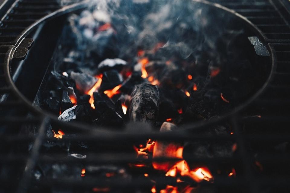 Cărbunele, cauza intoxicației cu monoxid de carbon   FOTO: pixabay.com