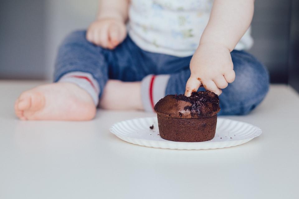 Intoleranța la ciocolată este deosebit de frecventă în rândul copiilor, deoarece produsele din ciocolată conțin adesea o varietate de ingrediente care declanșează probleme gastrointestinale și reacții alergice de grad scăzut.Foto Pixabay