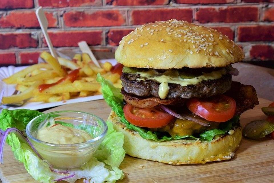 Fast Food  FOTO: Pixabay