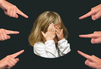Fenomenul bullying afectează o mare parte dintre elevi