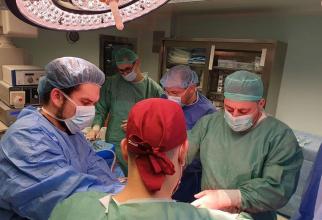 Echipa care a realizat prelevarea de organe. Foto: ANT