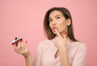 Incidența cariilor dentare crește în perioada sărbătorilor.Foto Icons8 Team Unsplash