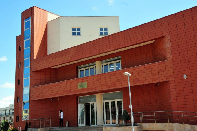 Clădirea UMF Cluj  FOTO: UMF Cluj-Napoca