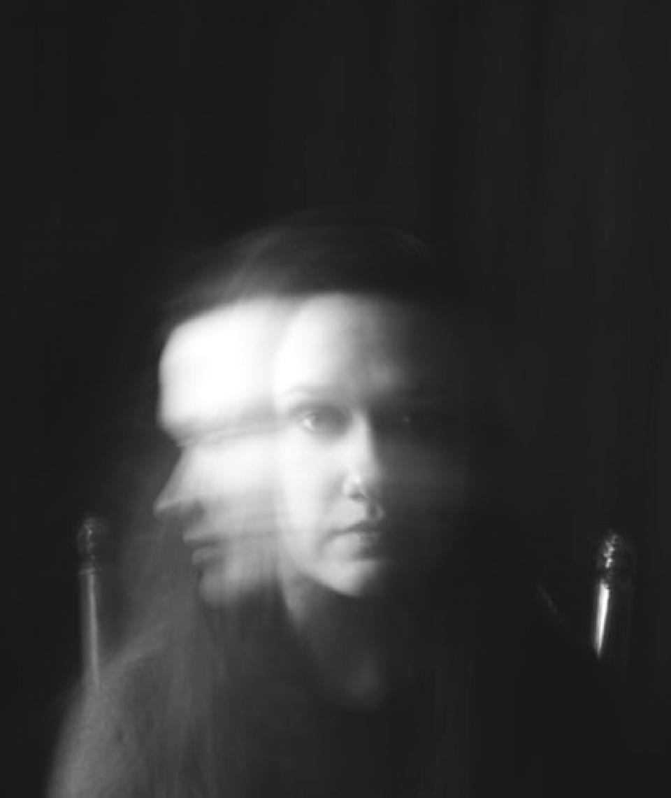 Pentru cei cu tulburare bipolară, viața poate fi o plimbare într-un rollercoaster emoțional. Foto Unsplash