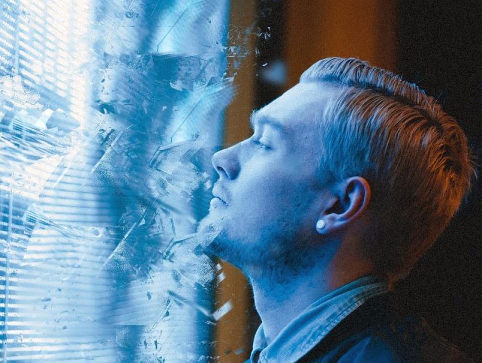 Ultrasunele distrug celule canceroase așa cu vibrațiile pot distruge sticla