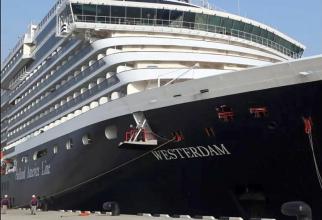 Nava de croazieră Westerdam a acostat, în Cambogia, după ce a refuzată de cinci țări