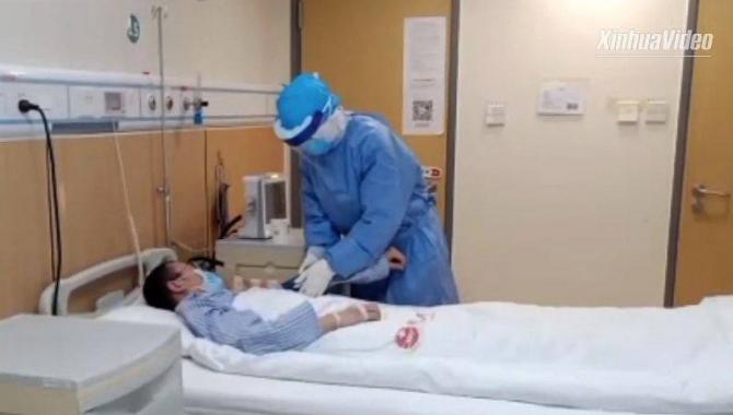 Pacient bolnav de coronavirus în spital  FOTO: Agenția Xinhua
