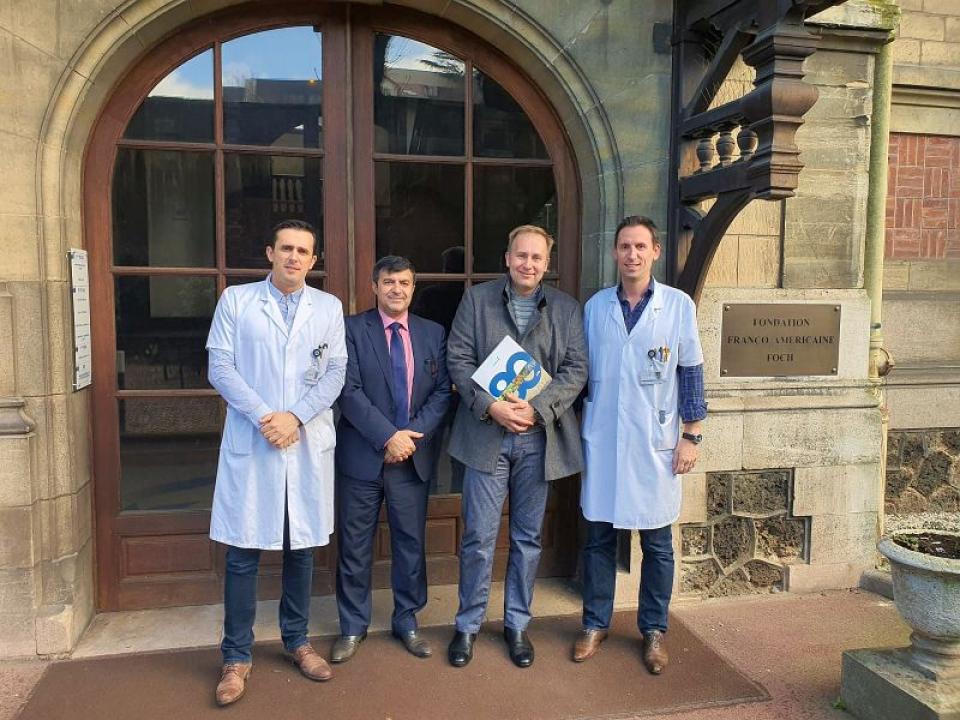 Ministrul Sănătății, Victor Costache, și specialiștii francezi de la Spitalul Universitar Foch