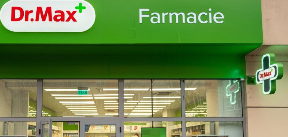 Farmacii din trei lanțuri vor fi rebranduite sub sigla Dr Max. Foto: economica.net