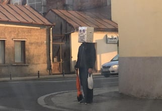 Mască-robot împotriva coronavirusului FOTO: Facebook Claudiu Pădurean