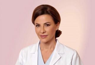 Dr Adina Alberts