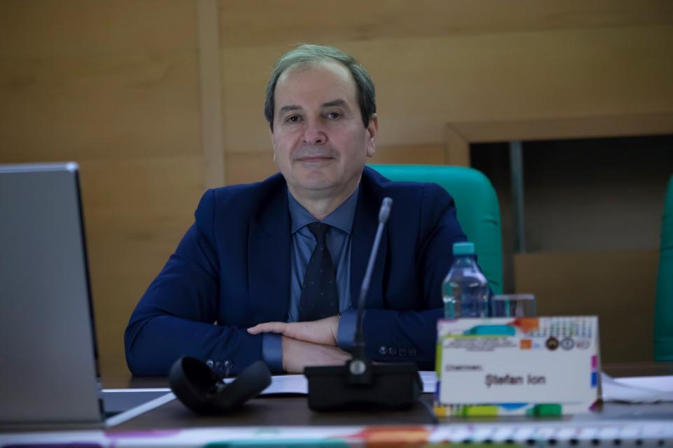 Dr. Ion Ştefan, Şeful Secţiei Clinice Boli Infecţioase din Spitalul Militar. Foto Facebook