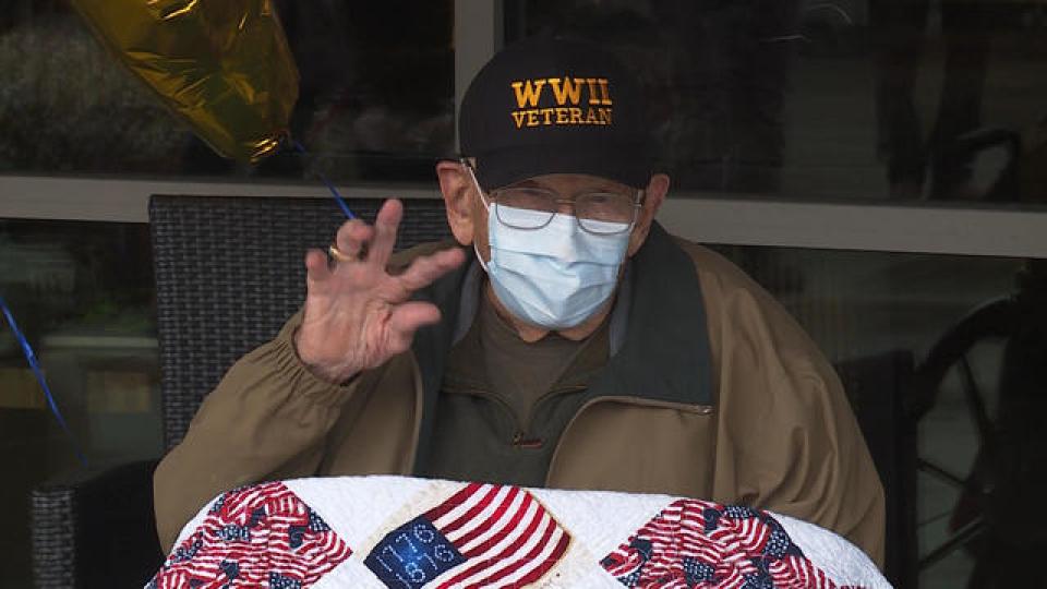 Bătrânul s-a recuperat la 104 ani      Susa foto: cbsnews.com