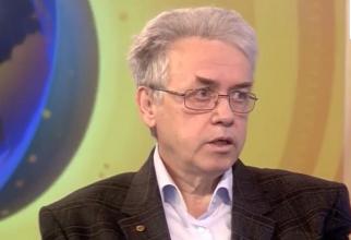 Prof dr farm Dumitru Lupuleasa, președintele Colegiului Farmaciștilor din România. Foto: Print screen Digi24