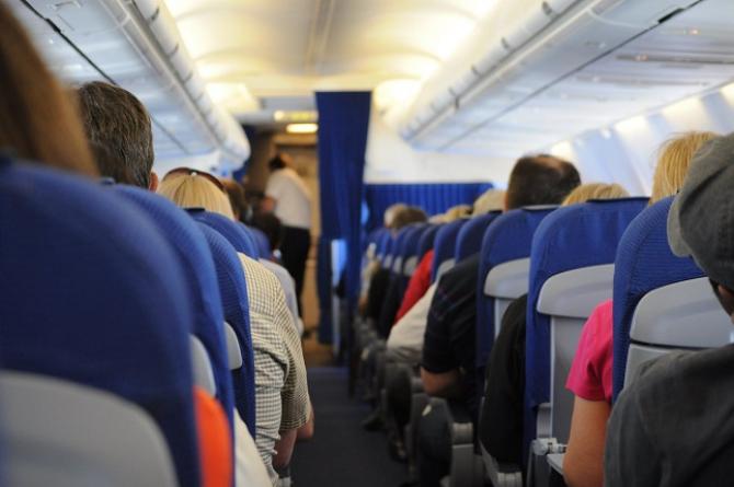 Zbor, avion      Foto: pexels.com