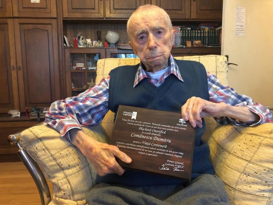 Dumitru Comănescu, cel mai bătrân bărbat din lume