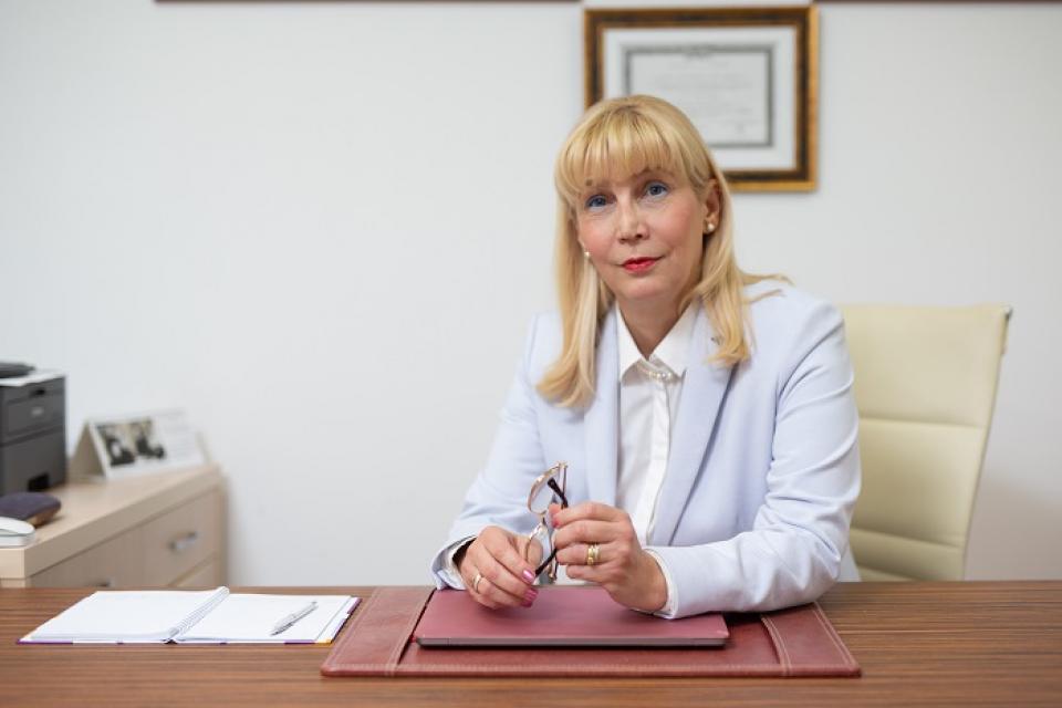 Anca Buzoianu, rector UMF Cluj  FOTO: arhivă personală