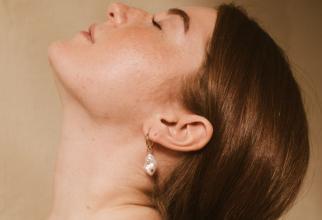 Pierdea auzului afecteză creierul putând duce la Alzheimer