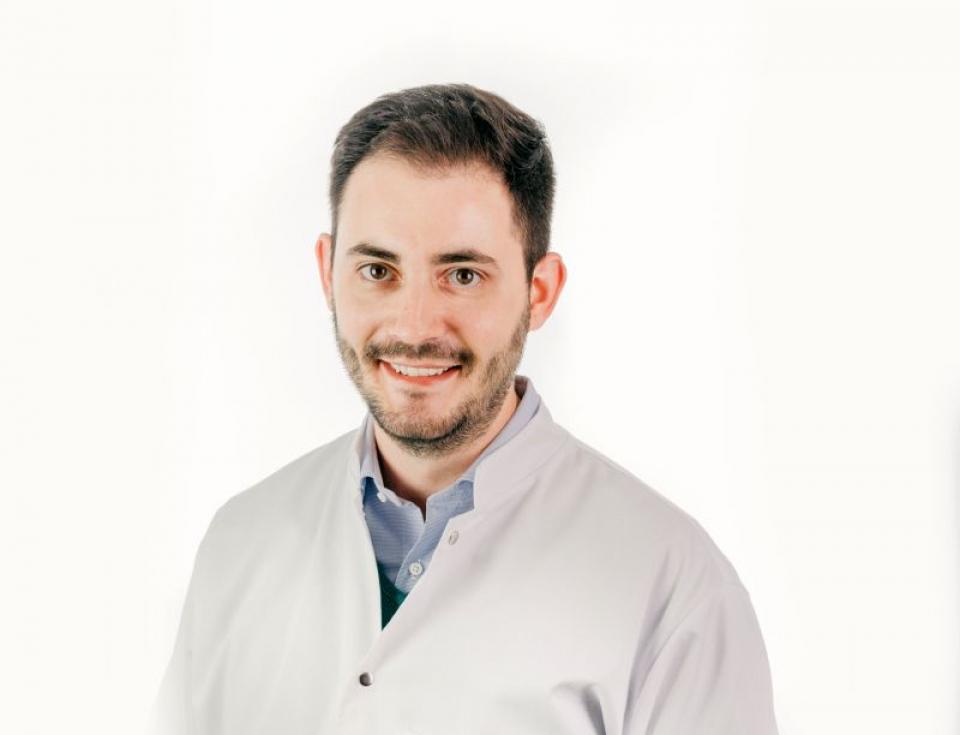 Dr Matei Bâră, Centrul Oncologic Sanador