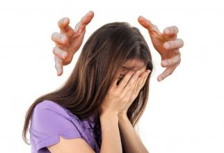 În anumite situații, durerea de cap poate fi o urgență medicală