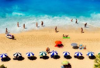 Mai mulți turiști români au fost diagnosticați cu coronavirus în Grecia