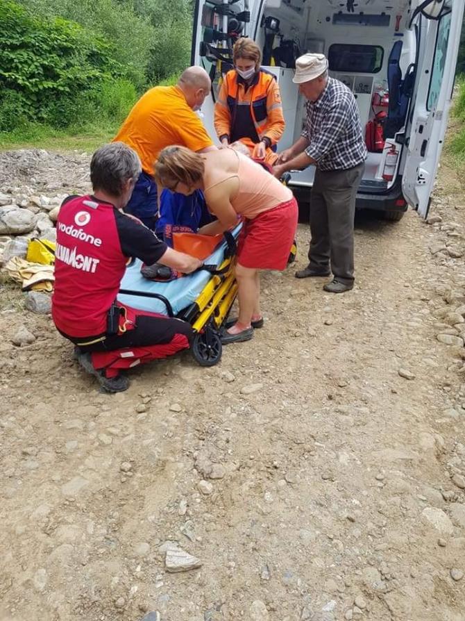 Salvamont, intervenție în cazul unor accidentări