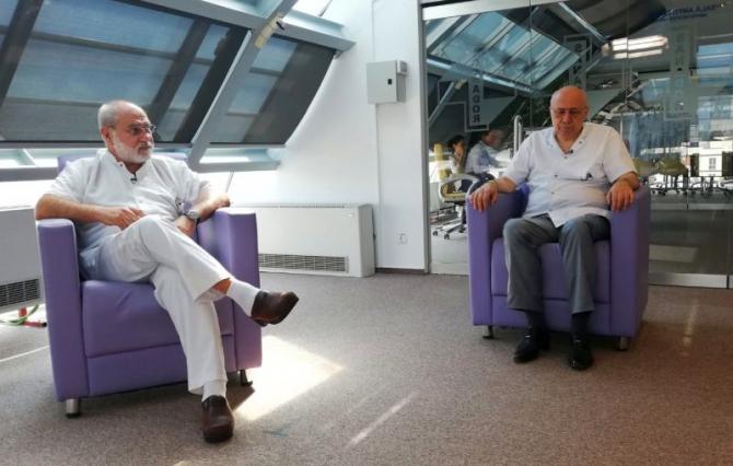 Dr Bogdan Marțian și acad Irinel Popescu, la Interviurile DC Medical. Foto: DC Medical