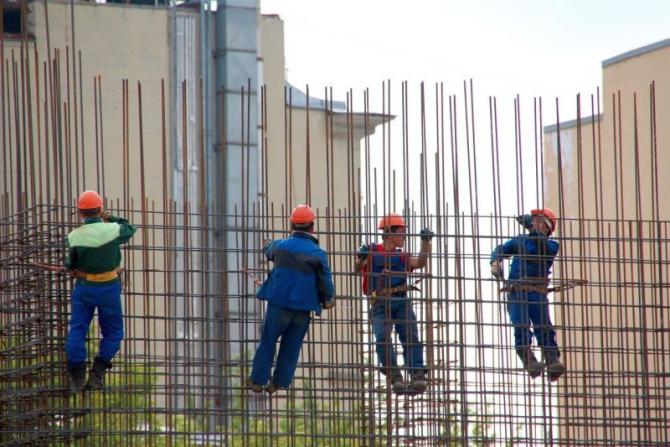 Muncitori, construcții. Foto: Pixabay