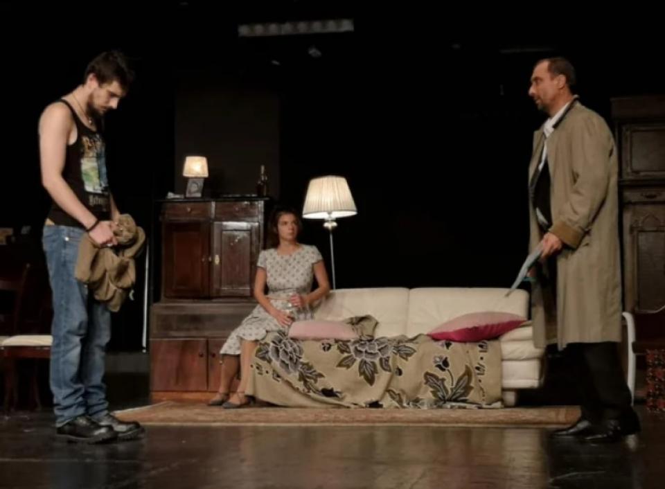Cristina Juncu, actriță la Teatrul Nottara